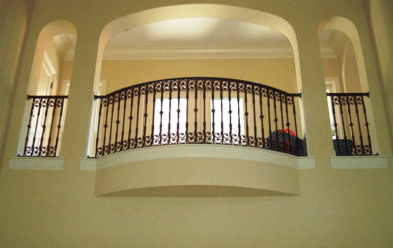 Aluminum balcony railing - Box grill designs balcony ...